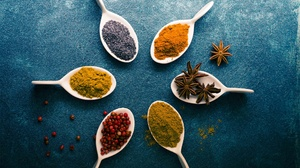 Food Spices Colorful Star Anise Turmeric Black Pepper Spice 2560x1700 Wallpaper