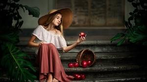 Apple Blonde Girl Hat Model Woman 3000x1972 Wallpaper