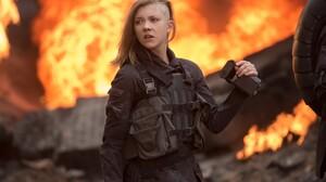 Natalie Dormer Hunger Games Destruction Cressida Side Shave 6144x4096 Wallpaper