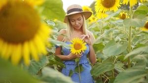 Blonde Girl Hat Model Mood Sunflower Woman Yellow Flower 2560x1708 Wallpaper