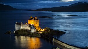 Man Made Eilean Donan Castle 5760x3787 Wallpaper