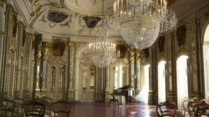 Chandelier Music Hall Piano 2560x1567 Wallpaper