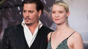 Actor Johnny Depp Mia Vasikowska 1920x1353 wallpaper