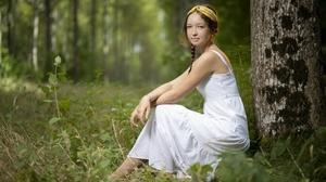 Women Outdoors Women Outdoors Model Plants Looking At Viewer Dress White Dress Brunette Hairband Whi 3840x2160 Wallpaper