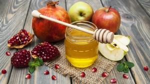 Apple Honey Pomegranate Still Life 2560x1670 Wallpaper