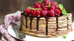 Raspberry Cake 2000x1200 Wallpaper