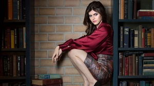 Model Actress Red Tops Red Lipstick Legs Together Hollywood Celebrity Alexandra Daddario 2300x1294 Wallpaper