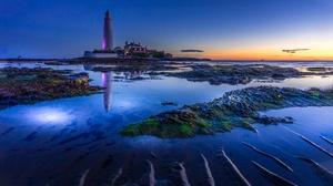 Horizon Lighthouse Reflection Seascape 3000x1716 wallpaper