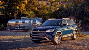 Blue Car Car Suv Vehicle Volkswagen Volkswagen Atlas 2500x1666 Wallpaper