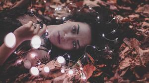 Black Hair Fall Girl Leaf Light Lipstick Lying Down Model Woman 5472x3648 Wallpaper