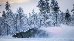Snow Porsche Car Winter Green Car Sport Car 4096x2731 Wallpaper