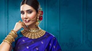 Brunette Indian Jewelry Earrings Bracelet Necklace 2800x1609 Wallpaper