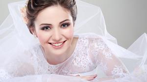 Women Model Smiling Face White Dress Studio Gray Eyes Photoshop Wedding Dress 2880x1800 Wallpaper