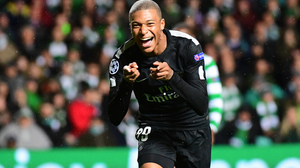 Kylian Mbappe Paris Saint Germain F C Soccer 2880x1800 Wallpaper