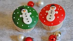 Christmas Cupcake Snowman 1920x1280 Wallpaper