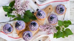Blueberry Cupcake Dessert Lilac Sweets 4160x2780 Wallpaper