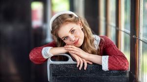 Blonde Blue Eyes Depth Of Field Girl Model Woman 2100x1400 Wallpaper