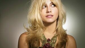 Blonde Face Girl Model Pixie Lott Singer Woman 2560x1600 wallpaper
