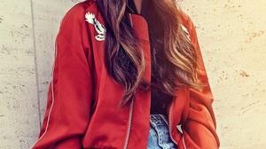 Jasmine Thompson Women Singer Brunette Long Hair Outdoors Urban Women Outdoors 852x1280 wallpaper