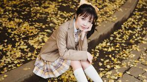 Women Asian Sitting Dark Hair Outdoors Women Outdoors Looking At Viewer Fall Leaves 3840x2160 Wallpaper