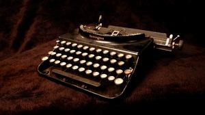 Man Made Typewriter 2587x1720 Wallpaper