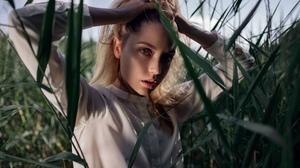 Ksenia Kokoreva Women Model Face Looking At Viewer Holding Hair Brunette Blouses Bokeh Outdoors Plan 2560x1440 Wallpaper