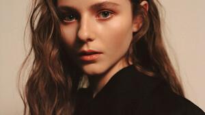 Thomasin McKenzie Women Actress Long Hair Brunette Blue Eyes Simple Background Indoors New Zealand 1400x1925 wallpaper