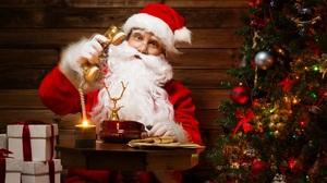 Christmas Santa 2560x1660 Wallpaper