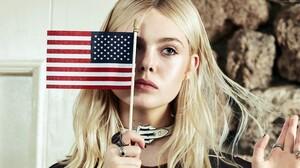 American Flag Blonde Elle Fanning Ring 3840x2160 Wallpaper