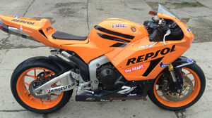Honda Cbr600rr Motorcycle Race 1600x1200 wallpaper
