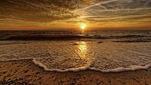 Ocean Horizon Cloud 2560x1580 Wallpaper
