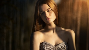 Girl Portrait Face Long Hair 2000x1335 Wallpaper
