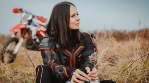 Women Motorcycle Outdoors Brunette Shoulder Length Hair Women With Motorcycles 1350x900 Wallpaper