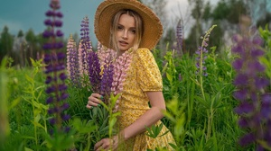 Women Outdoors Women Outdoors Flowers Flower Dress Yellow Dress Blonde Summer Lupine Looking At View 2000x1334 Wallpaper