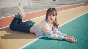 Asian Women Model Brunette Bangs Ponytail Looking At Viewer Kissing Sweater Jeans Sneakers Depth Of  3840x2160 Wallpaper