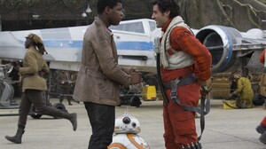 Bb 8 Finn Star Wars John Boyega Oscar Isaac Poe Dameron Star Wars Star Wars Episode Vii The Force Aw 5760x3840 Wallpaper