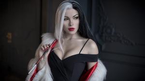 Irina Meier Cosplay Model White Hair Disney Villains Smoking Red Lipstick Young Woman Cruella De Vil 1920x1280 Wallpaper