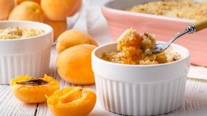 Apricot Crumble Dessert Fruit 2000x1333 Wallpaper