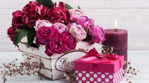 Flower Gift Candle 4256x2832 Wallpaper