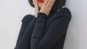 SinB Gfriend K Pop Painted Nails Brunette Source Music Red Lipstick 2000x3000 wallpaper