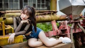 Women Model Brunette Bangs Asian Ponytail Looking At Viewer Parted Lips Black Tops Sneakers Depth Of 3840x2560 Wallpaper