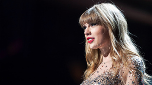 Taylor Swift Women Singer Blonde Blue Eyes Long Hair Concerts 1600x1000 Wallpaper