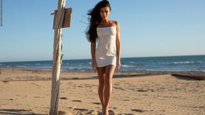 Filippo Sano Model Women Brunette Dark Eyes Dress White Dress Hips Legs Feet Bare Shoulders Barefoot 3000x2000 Wallpaper