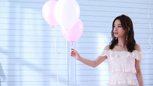 Kiku Ju Jingyi Actress Singer Women Chinese Asian White Skirt Balloon Lipstick Black Hair Pearl Neck 2000x1173 wallpaper