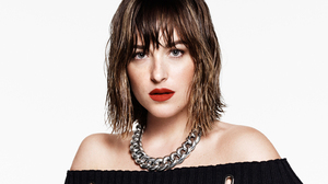 Actress American Blue Eyes Brunette Dakota Johnson Face Lipstick Necklace 3113x1751 wallpaper
