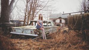 Women Women Outdoors Car Winter Photography Model Cari Ann Wayman Trees Overcast House Abandoned Aba 4288x2848 Wallpaper