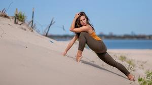 Women Model Women Outdoors Sand Barefoot Looking Away Legs Brunette Long Hair 2560x1707 Wallpaper