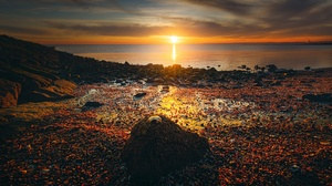 Sea Sun Sunset Stone Shell Horizon 6000x4000 Wallpaper