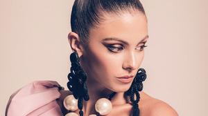 American Carmella Rose Earrings Face Girl Model 3840x2160 Wallpaper