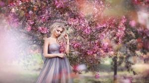 Woman Model Girl Blonde Dress 2000x1333 Wallpaper